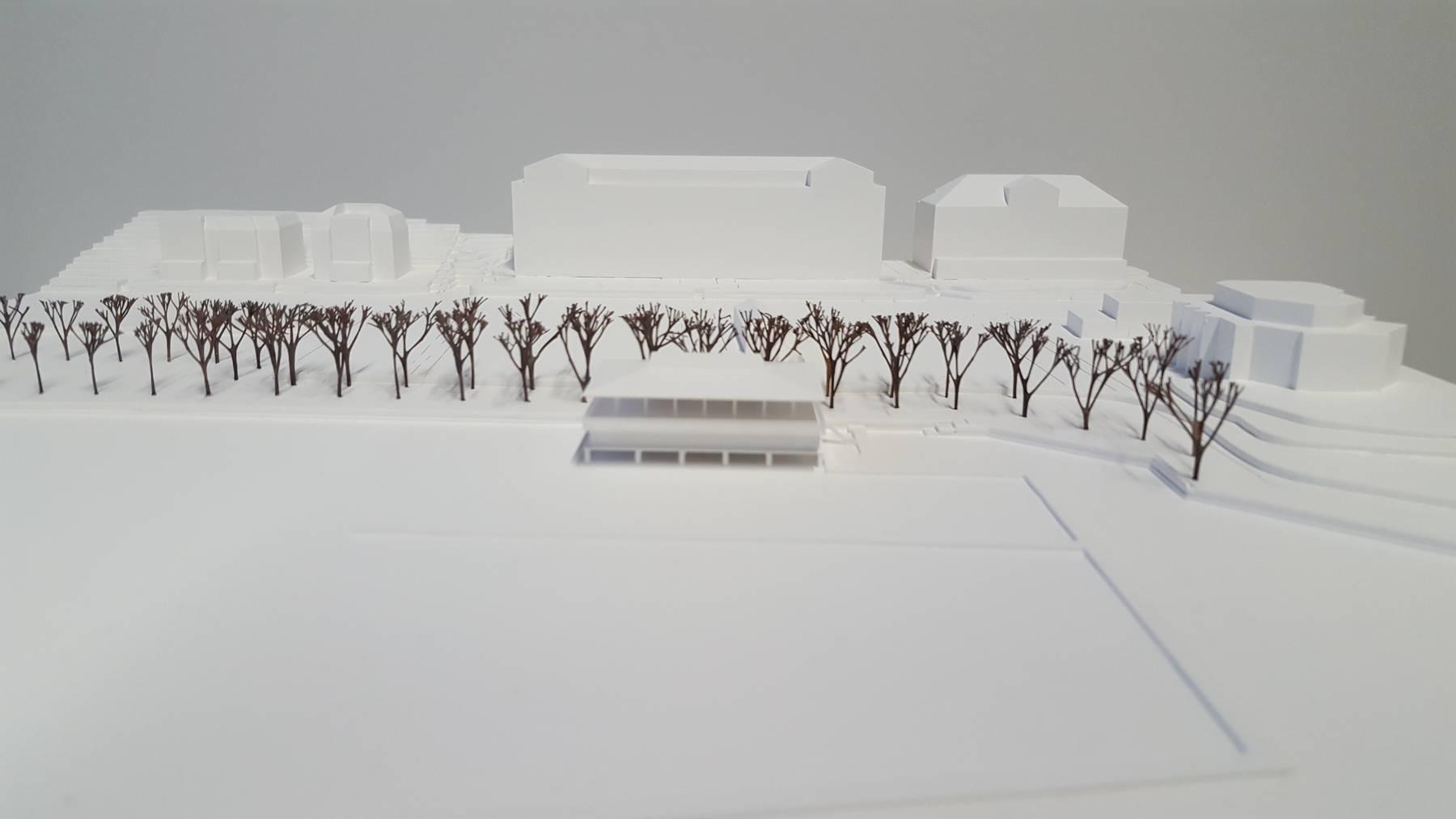 Modelle des geplanten Seerestaurants und Yachtclubs