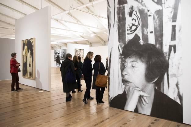 Der grosse Saal im Zentrum Paul Klee ermöglicht Durchblicke.