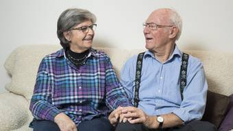 Beatrice und Charles Rätz: Die Limmattaler des Jahres können nicht mehr einkaufen gehen, ohne angesprochen zu werden. Das stört sie nicht – vielmehr freuen sie sich.