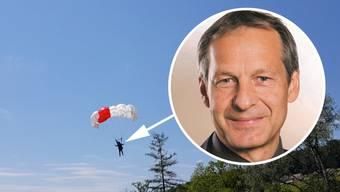 Hier trifft SP-Grossrat Martin Brügger mit dem Fallschirm zum Spatenstich für die neuen Fuss- und Velobrücken zwischen Auenstein und Rupperswil ein