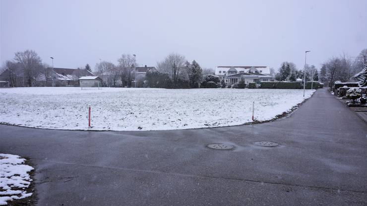 Es ist vorgesehen im Rahmen der Opla-Revision eine Bautiefe der Oeba-Fläche Sportplatz umzuzonen in W2.