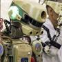 """Der Roboter """"Fedor"""" soll künftig bei gefährlichen Einsätzen auf der ISS assistieren."""