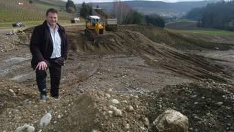 Markus Birchmeier in der Aushub-Deponie Buchselhalde.