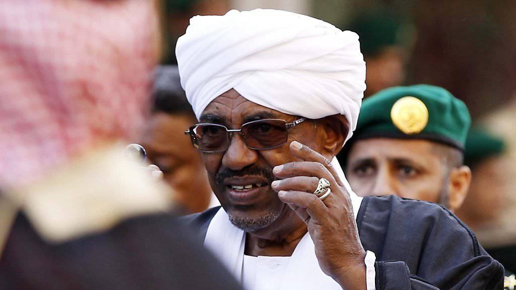 2020 könnte eine Ära für den Sudan zu Ende gehen: Präsident al-Baschir kündigte an, nicht für eine weitere Amtszeit zur Wahl antreten zu wollen - nach drei Jahrzehnten an der Macht. (Archivbild)