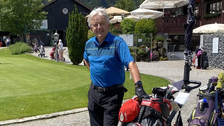 Toni Rohrer vor dem Start zu einer Golfrunde.