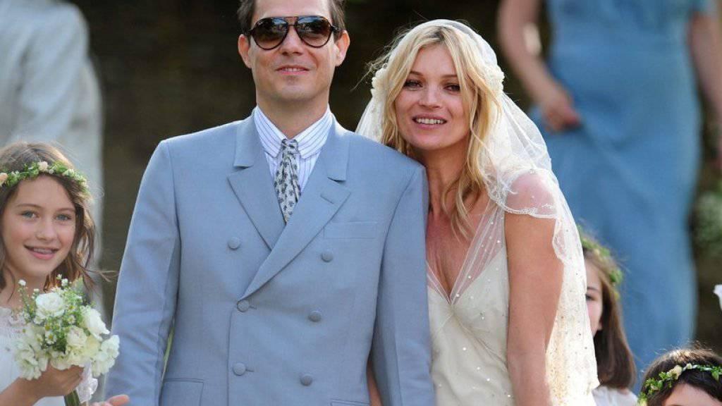 Kate Moss und Jamie Hince offiziell geschiedene Leute