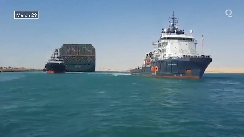 Containerschiff im Suezkanal wieder frei