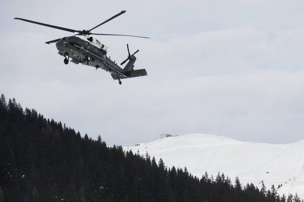 Kurz nach seiner Rede fliegt Donald Trump bereits wieder mit dem Helikopter davon. (Symbolbild)