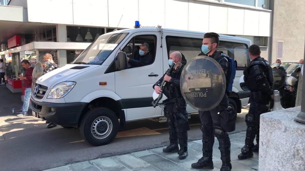 Kurznachrichten: Demo Rapperswil-Jona, WEGA, Unfälle