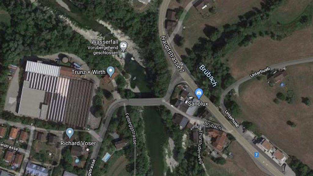 Zwei Personen stürzen in Thur und werden vermisst - Polizeieinsatz läuft