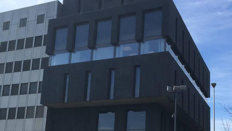 Sie befindet sich neu im Erweiterungsbau des Polizeikommandos in Aarau.