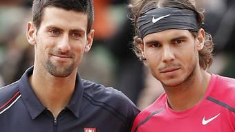 Novak Djokovic (links) und Rafael Nadal spielen um den Turniersieg