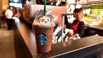Starbucks und weitere Unternehmen wurden in den USA verklagt.