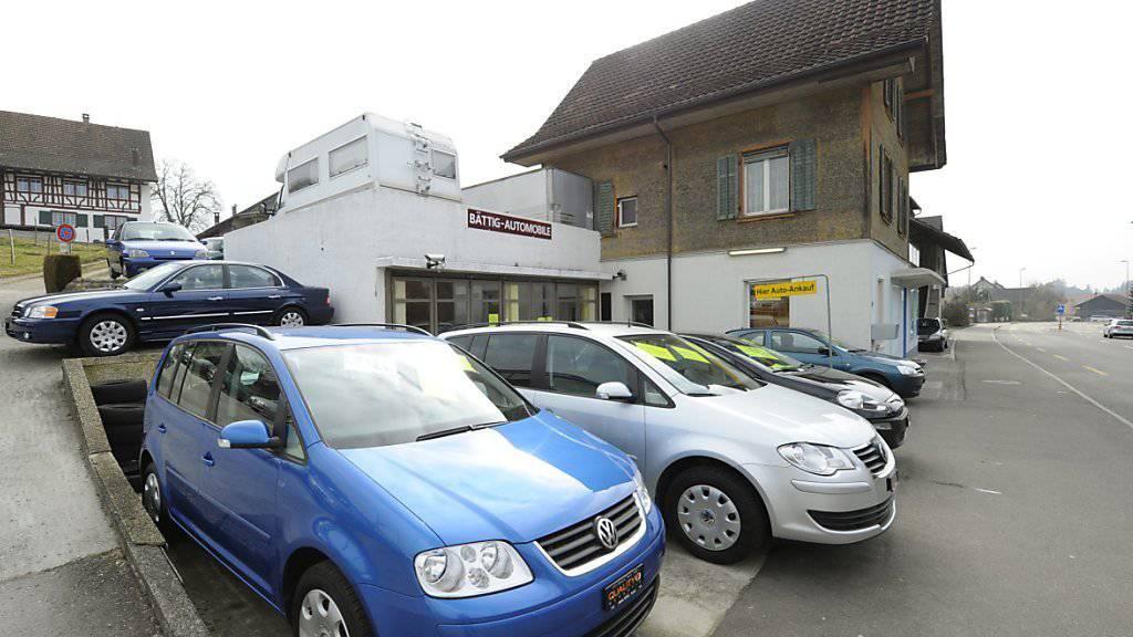 Nach dem Abgas-Skandal sind Gebrauchtwagen aus dem Hause VW weniger gefragt.