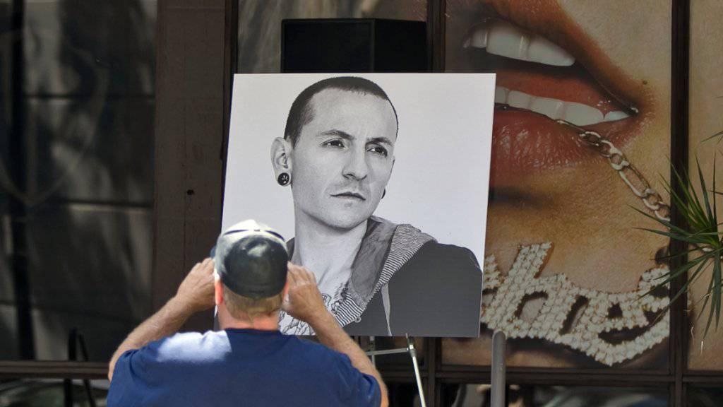 Linkin-Park Sänger Chester Bennington starb am Donnerstag in seinem Haus bei Los Angeles. Er wurde 41 Jahre alt.