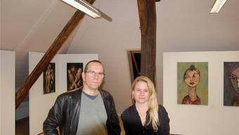 Rolf Blaser und Sarah Weya zeigen ihre Arbeiten zum Thema Mensch.
