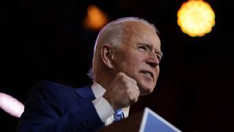 Joe Biden, Gewählter Präsident (President-elect) der USA, spricht im Queen Theatre. Foto: Carolyn Kaster/AP/dpa