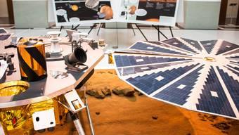Der Lander der Insight-Mars-Missionsoll in etwas mehr als einem Monat die Reise zum Roten Planeten antreten. Im ETH-Museum Focus Terra ist ein Modell davon ausgestellt.