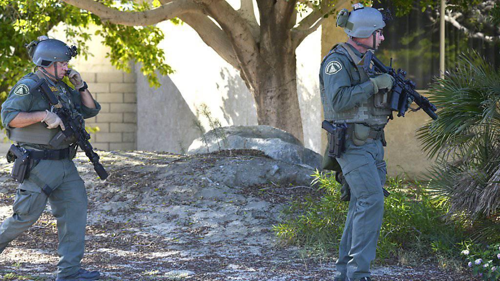 Polizisten versuchten einen Familienstreit zu lösen. Zwei von ihnen wurden dabei erschossen.