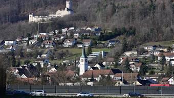 Bessere Lärmschutzmassnahmen für mehr Lebensqualität am Alpensicht-Hang: Dies forderte ein Oensinger Einwohner