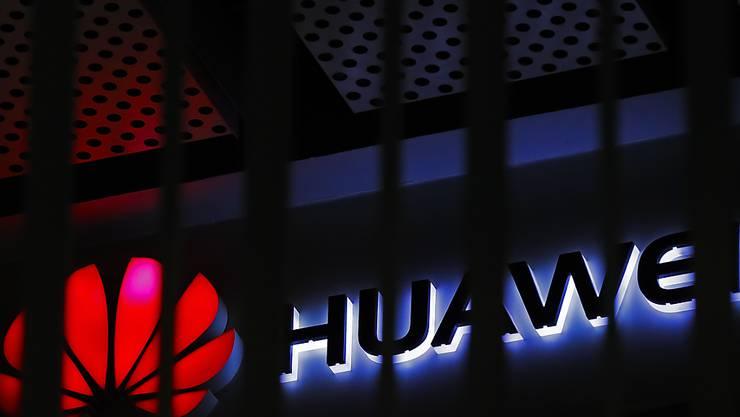 Die USA warnen erneut Länder, den chinesischen Konzern Huawei beim Aufbau ihrer 5G-Mobilfunknetze zum Zuge kommen zu lassen. (Archivbild)