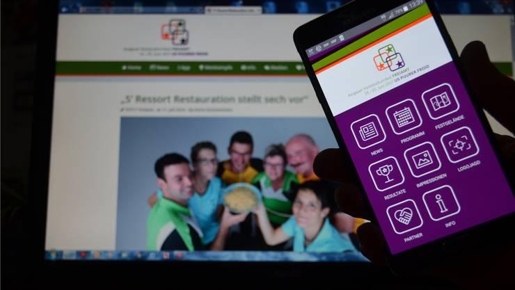 Die Website, die Smartphone-App des Aargauer Kantonalturnfestes und eine Broschüre ersetzen den klassischen Festführer. ES