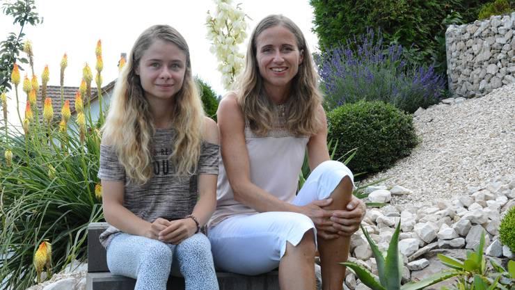 Das Medium Christina von Dreien mit ihrer Mutter Bernadette Meier.