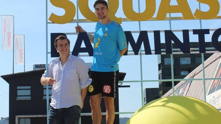 Wollen die Erfolgsleiter hoch: Präsident Roman Soom (im weissen Hemd) und Profi Manuel Wanner.