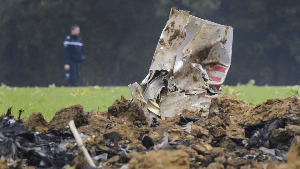 Der Pilot, der sich beim Absturz des F/A-18-Kampfjets mit dem Schleudersitz gerettet hat, kann in die Schweiz transportiert werden.