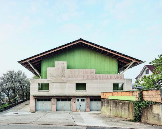 Architektur Gold: Wohnatelierhaus Altes Weinlager, Nuglar