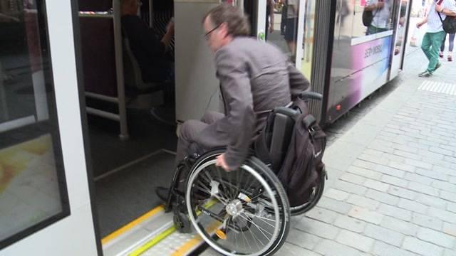 Öffentlicher Verkehr wird behindertengerecht