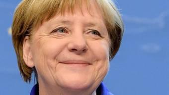"""Angela Merkel freut sich mit """"ihrer"""" National-Elf und hofft auf einen Titelgewinn. (Archivbild)"""