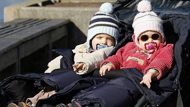 Zwei Kinder, zweimal Kinderzulagen - auch für Selbständigerwerbende (Symbolbild)