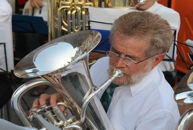 Lui Huber, Euphonium, musiziert seit 20 Jahren in der MGK. Am Jahreskonzert vom 23. März 2013 wurde er zum Ehrenmitglied ernannt.
