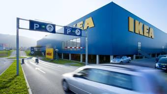 Die Parkschranken beim IKEA Spreitenbach stehen derzeit offen. Ein Blitzeinschlag liess die Anlage ausfallen. (Archivbild)