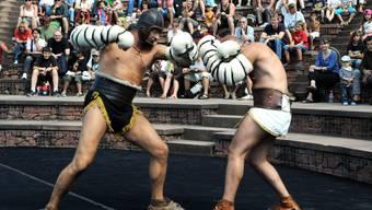 Kämpfende Römer