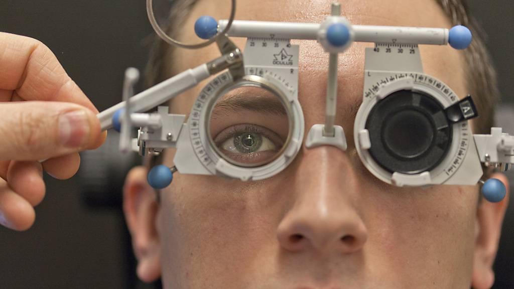 Rund 80 Prozent der Bevölkerung tragen Brille oder Kontaktlinsen