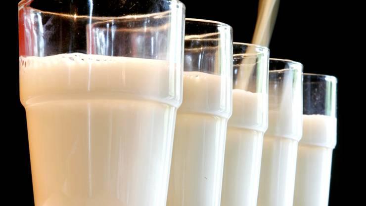 Sollen Schweizer Soldaten doch nicht zwingend immer frische Milch zum Frühstück erhalten? Die Motion für Frischmilch in der Armee hatte in der Sicherheitspolitischen Kommission des Ständerates keine Chance. (Symbolbild)