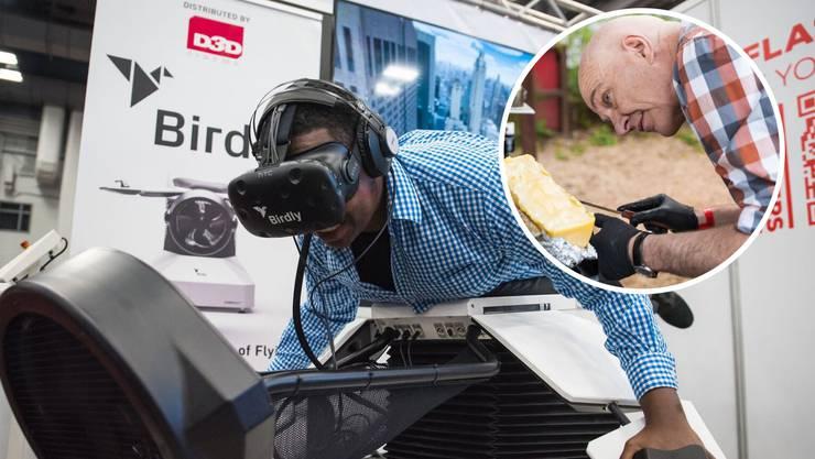 Am Stand der Schweiz gab es einen Flugsimulator auszuprobieren. Und: Schweizer Raclette-Käse. Hier ist Swissnex-CEO Christian Simm am Werk.