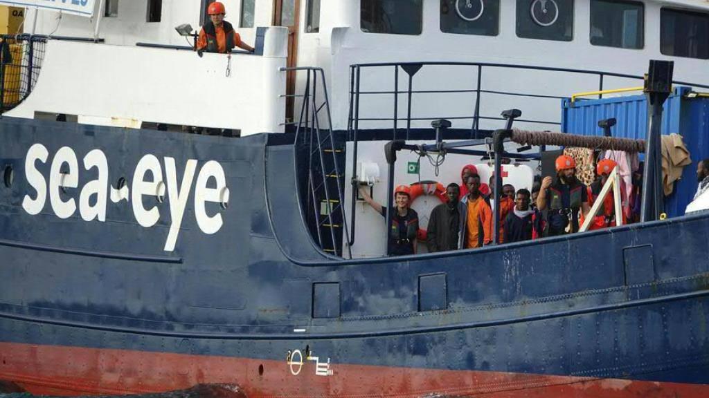 Krise auf Rettungsschiff «Alan Kurdi»: Flüchtlinge verzweifeln