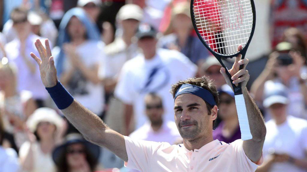 Auch in lachs-rosa erfolgreich: Roger Federer in Montreal