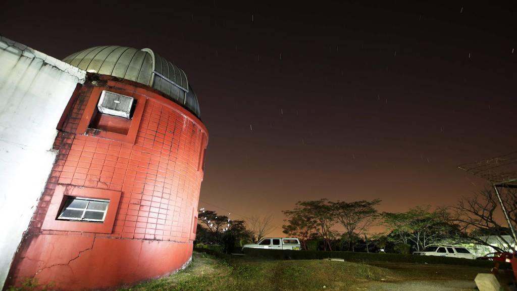 Riesiger Asteroid fliegt am Freitag an der Erde vorbei