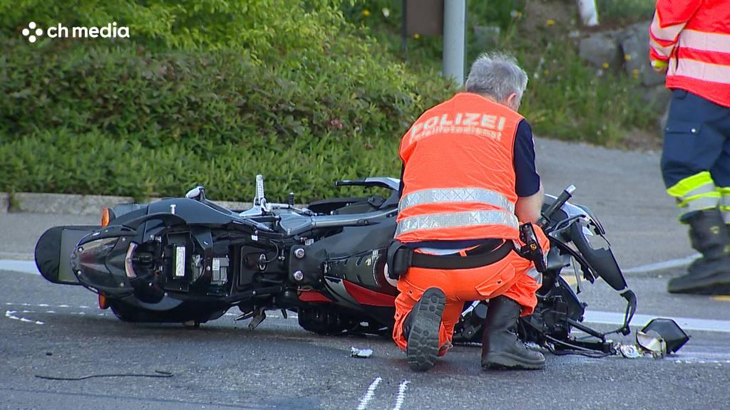 Hombrechtikon: Motorradlenker bei Unfall verletzt