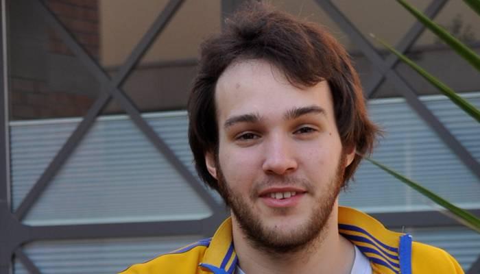 * Valerio Moser (27) ist Slam-Poet und Eventmanager aus Langenthal.