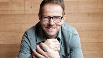 Bänz Friedli begeistert seine Leser- und Zuhörerschaft mit intelligentem Sprachwitz, Ironie und Charme