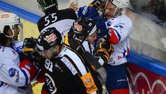 Fast Playoff-Atmosphäre: Luganos Bertaggia prügelt sich mit dem Zürcher Chris Baltisberger
