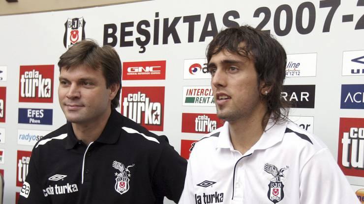 Zwischen 2006 und 2010 lief er für Beşiktaş Istanbul auf.