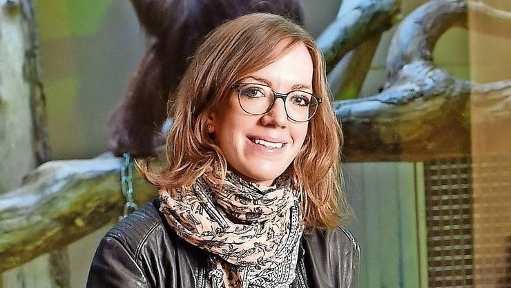 Caroline Schuppli, Evolutionsbiologin und Leiterin der Suaq-Forschungsstation