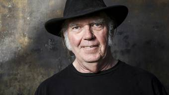 Will US-Amerikaner werden: der kanadische Rock-Star Neil Young. (Archivbild)
