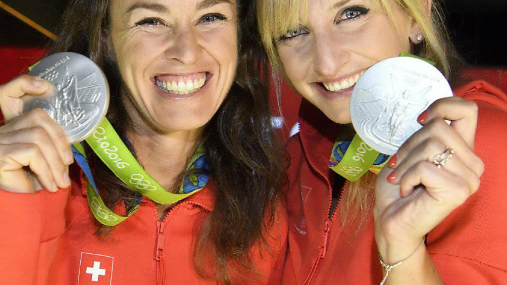 Ein Traum wurde wahr: Timea Bacsinszky (li.) gewann mit Martina Hingis eine Olympia-Silbermedaille, büsste danach aber für den Effort